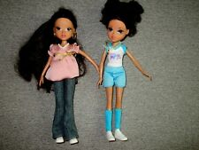"MOXIE Girlz Dolls-Lot of 2 -Brown Hair-Clothes-Shoes-10""-MGA- 2009 #TT4"