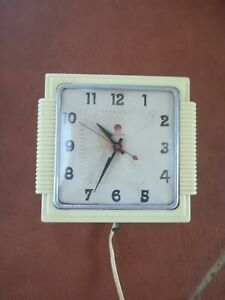 Telechron Wall Clock, 1940's era, NOT WORKING