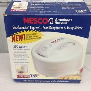 NOB NESCO American Harvest 4-Tray Food Dehydrator & Jerky Maker  FD-60 W/Shooter