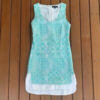 Elliatt Size XS Shift Dress Green & White Lace Sleeveless Lined Cocktail Party