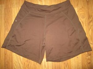 Womens BROOKS athletic running shorts sz M Md Med