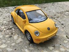 VOLKSWAGEN NEW BEETLE GIALLO KINSMART giocattolo modello 1/32 Scala