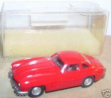MICRO WIKING HO 1//87 MERCEDES-BENZ 300 SL ROADSTER CABRIOLET rouge #8340220 BOX