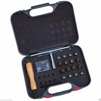 (D)Shires Stud Kit, 16 horse shoe studs,spanner,plugs, cleaner, carry case
