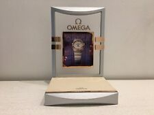 Used - Display OMEGA Expositor - Wood Madera - 18 x 16 x 27 cm - Usado