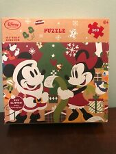Minnie and Mickey Christmas - 500 Piece Puzzle - Has Glitter!! 6+ New in Box!!