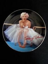 "Marilyn Monroe "" Forever Marilyn "" Collector Plate  Bradford Exchange  Bradex"