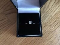 Ernest Jones PLATINUM Princess Cut Diamond Engagement Ring 0.33ct (1/3 Carat) L