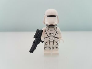 Lego First Order Snowtrooper Minifigure from Star Wars set 75100