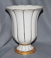 Vase Prunkvase Meissen, X-Form, weiß, Goldbronze,  17,5 cm