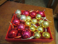 """Lot of 18 Vintage Christmas Feather Tree Mercury Glass Ornaments 3/4"""" - 1"""""""