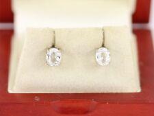 Ladies Stud Earrings 9ct White Gold Stunning 375 1.2g Be87