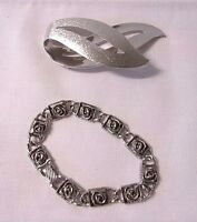 Sarah Coventry Fashion Silvertone 2 pcs Pin Brooch & Rose Floral Link Bracelet