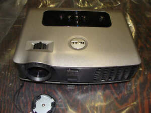 Dell 3400MP DLP Digital Video Projector 355 Lamp Hours Portable