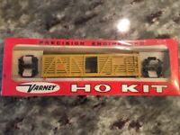 HO Scale Train Varney Cattle Car UP Kit Yellow New Sealed in Box FREE SHIPPING