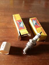 1x D'origine Bosch Bougie d'allumage 0241243012 w215t30 Spark Plug Nouveau neuf dans sa boîte NOS