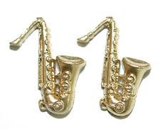 GOLD TONE SAX SAXOPHONE STUD EARRINGS (S028)