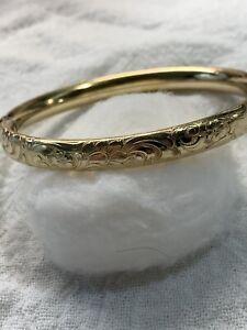 14k gold vintage bangle bracelet