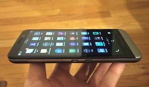 BlackBerry Z30 - 16GB - Black (UNLOCKED) + EXCELLENT CONDITION + EXTRA !!!
