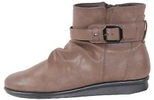 New Wonder Comfort Womens Short Comfort Boot in Brown Colour Size 11