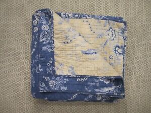 Pottery Barn Blue Floral Size Full / Queen Quilt Rare