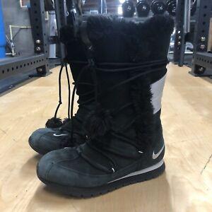 Nike Faux Fur Trim Suede Snow Boots BLACK/SILVER (311959-002)Sz 9
