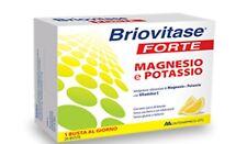 BRIOVITASE FORTE Integratore di Magnesio e Potassio con Vit C e succo di limone