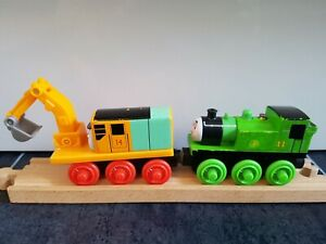 Wooden OLIVER & OLIVER THE EXCAVATOR Thomas & Friends Wooden Train Track BRIO