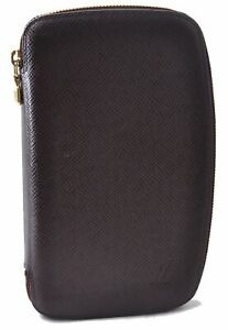 Auth Louis Vuitton Taiga Agenda Geode Purse Travel Case Wallet Purple LV D9248