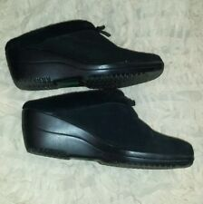 Thom McAn Black Size 10 Suede Wedge Shoes ~ pre-owned