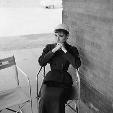 """Audrey Hepburn"" C. 1954 mozzafiato ORIGINALE GRANDE 20X16 ""Silver gelatina stampa"