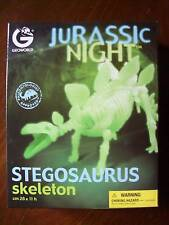 DINOSAUR SKELETON STEGOSAURUS JURASSIC NIGHT GLOW IN THE DARK KIT