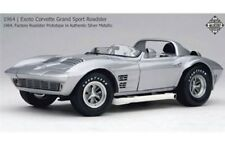 EXOTO 18030 CHEVROLET CORVETTE GRAND SPORT ROADSTER model met silver 1964 1:18th