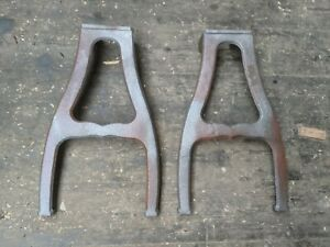 Industrial cast iron bench legs 2 Pieces