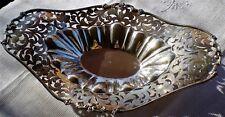 Plat, corbeille style Louis XV en argent massif 900 décor ajouré