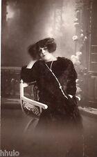 BE103 Carte Photo vintage card RPPC Femme woman mode fashion Hair cheveux noir