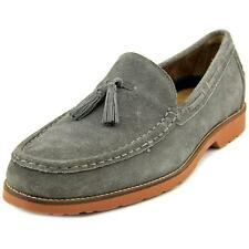 Mocassins loafers e sapatilhas