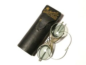 1920's Pair of Spectacles Glasses Mesh Sides Protective Slightly Tinted in Case