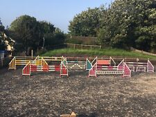 7 PAIRS OF HORSE SHOW JUMPS COMPLETE SET  KEYHOLE TRACKS BRISTOL SHOW JUMPS