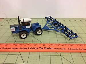 1/64 Ford FW-60 four wheel drive tractor & minimum tillage cultivator
