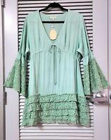 mint green lace ruffle slev/ hem top 2XL