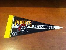 Pittsburgh Pirates FELT BASEBALL PENNANT! FREE SHIPPING!