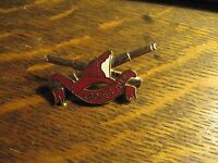 Ladies Auxiliary USA Fire Department Fireman Helmet Nozzle Gold Lapel Brooch Pin