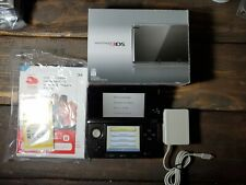 Nintendo 3DS Cosmo Black Handheld System w/Box Charger Stylus Manual