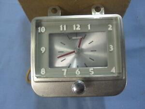 NOS 1949 Chevrolet Special Deluxe Stem-Wind Dash Clock GM # 986261 1950
