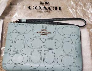 NWT Coach Signature Leather Corner Zip Wristlet 2961 Seafoam