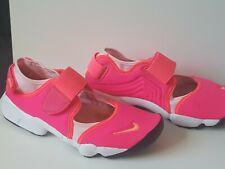 Girls Nike pink rift trainers size 5.5uk