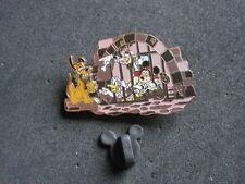 2006 DISNEY PLUTO MICKEY GOOFY DONALD DUCK PIN