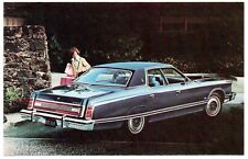 1976 Ford LTD LANDAU 4-Door PILLARED HARDTOP Dealer Promotional Postcard UNUSED