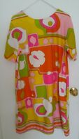 Vintage 1960's Mid century Kamehameha Hawaiian Shift Dress Made in Hawaii  M  L